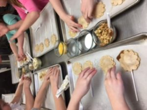 Pie Pops and Painting Class @ My Sugar Pie | Zionsville | Indiana | United States